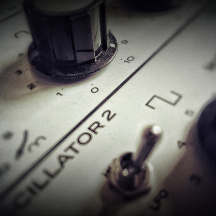 Vintage Synth: Easy Life - Free