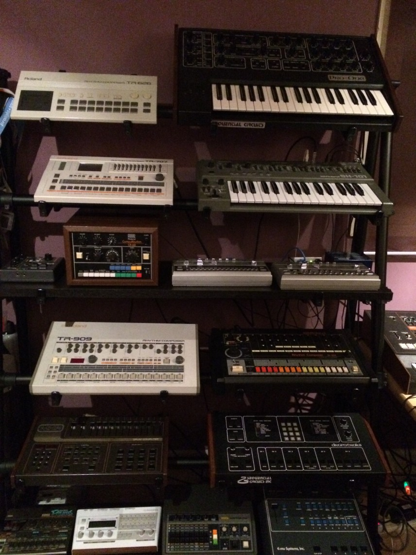 Image supporting 17 Synths and 13 Drum Machines